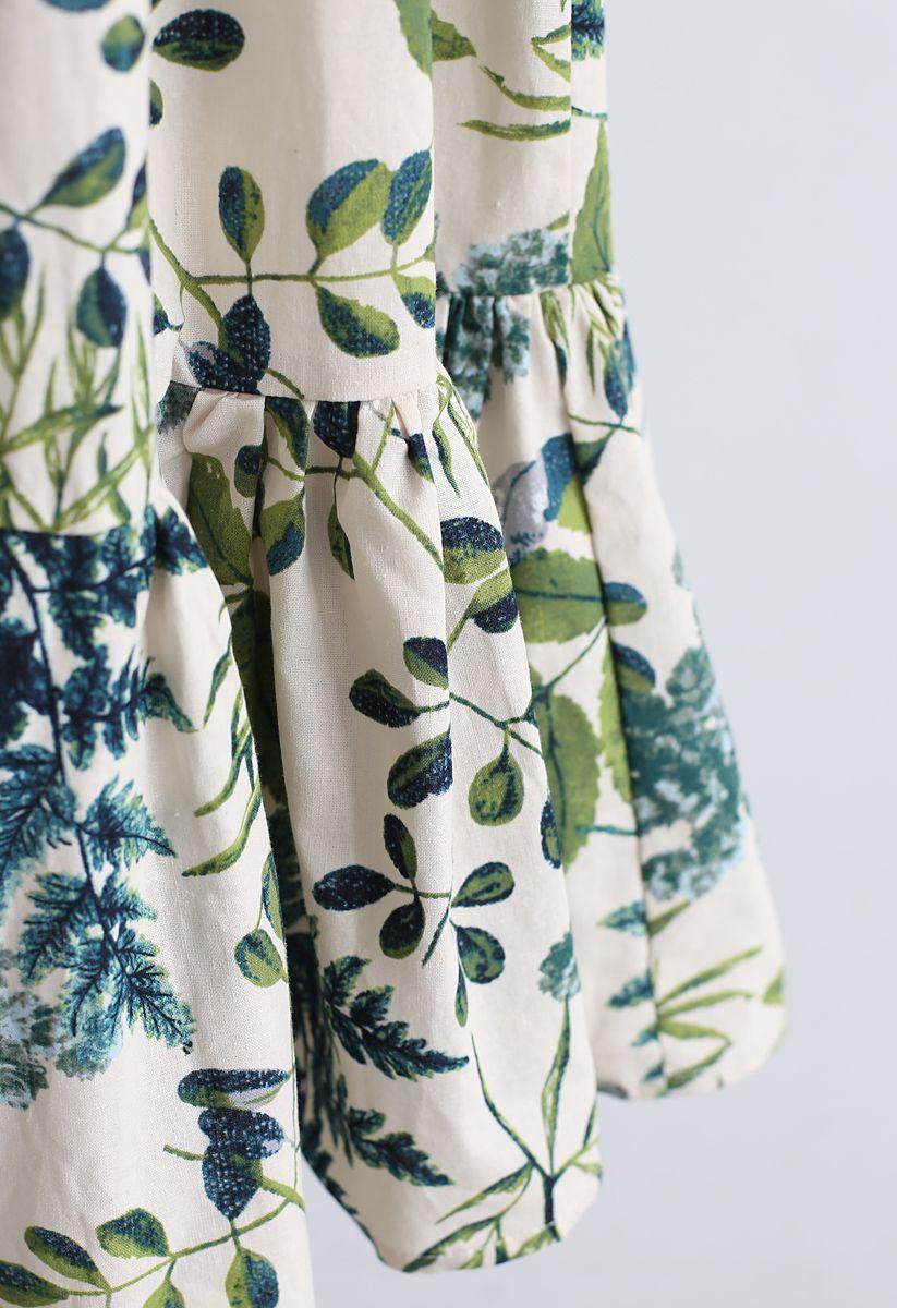 Bedrucktes Kleid aus Leinenmischung mit natürlichen Blättern