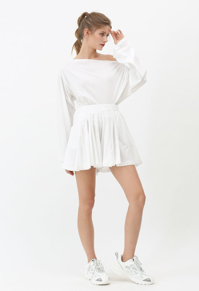 Oblique Shoulder Top and Pocket Shorts Set in White