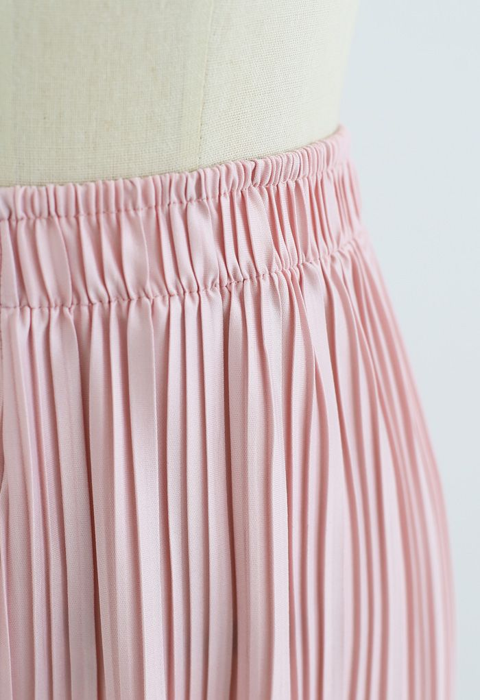 Full Pleated Two-Piece Shorts and Pants in Pink