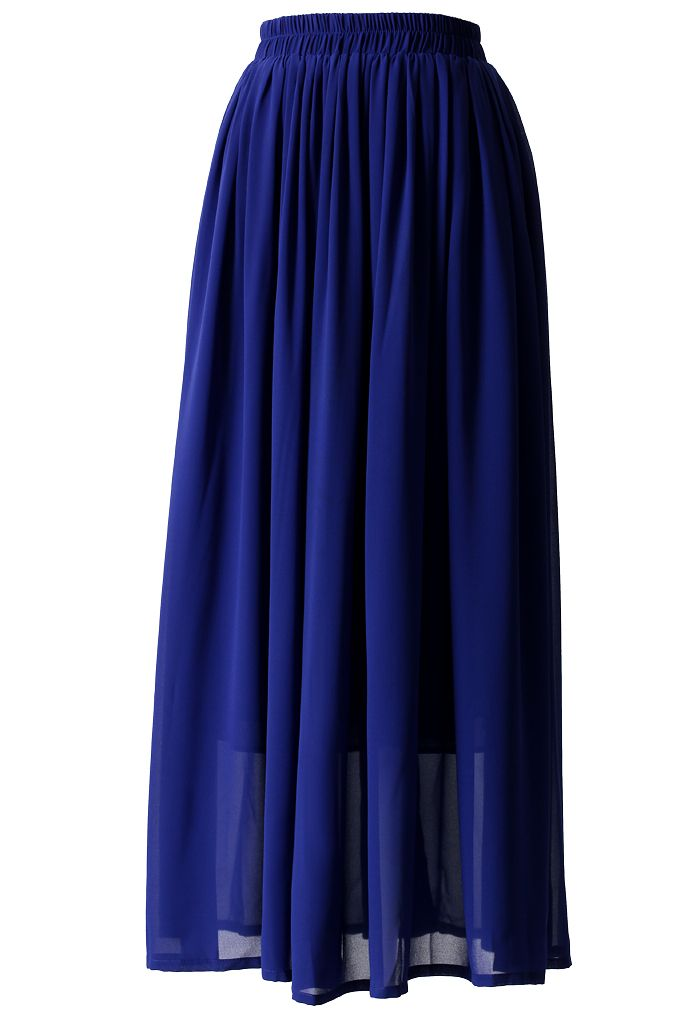 Blauer langer Faltenrock