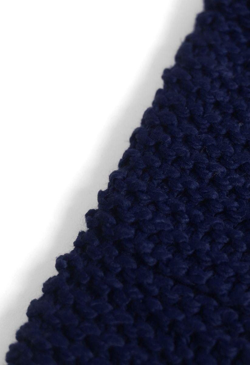 Te mantiene abrigado: bufanda tejida a mano en azul marino