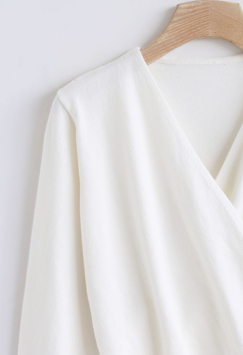 Basic Soft Wrapped Knit Top in Weiß