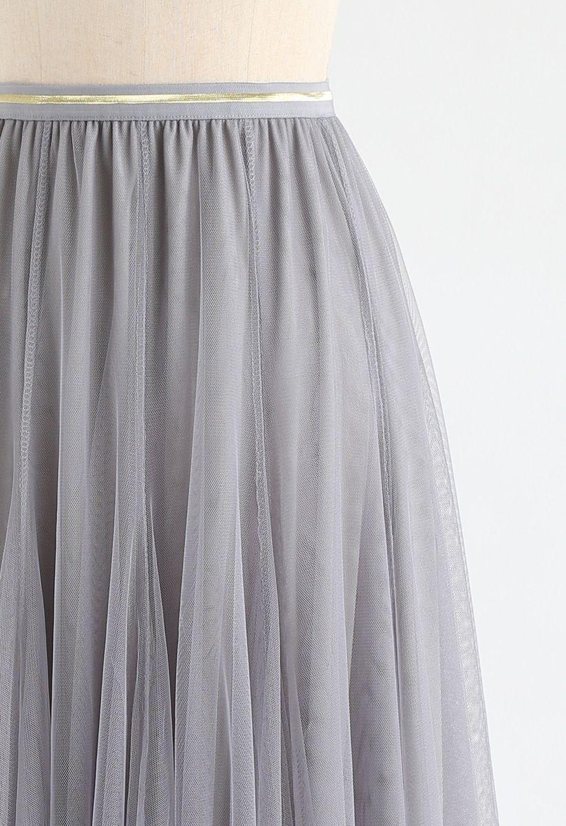 Meine Geheimwaffe - langer grauer Tüllrock