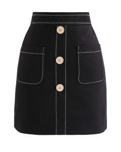 Kontrastierte Taschen geknöpfter Minirock in Schwarz
