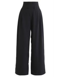 Button-verzierte Hose mit weitem Bein in Schwarz
