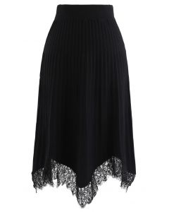 Lace Trim Pleated Knit Midi Skirt in Black