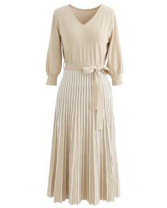 Radiant Lines V-Neck Bowknot Knit Dress in Sand