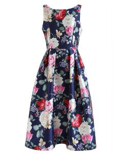 Ärmelloses Kleid mit Retro-Blütenmuster