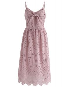 Party Playlist Eyelet Cami Kleid in Pink