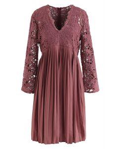 Lace Crochet V-Neck Plissee Kleid