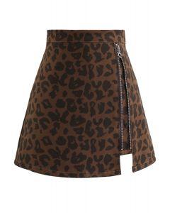 Minirock mit Reißverschluss und Leopardenmuster in Braun